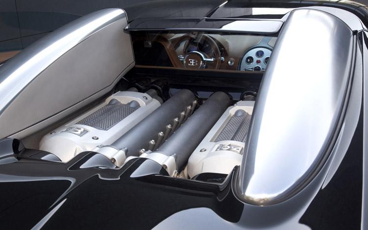 2010-bugatti-veyron-engine-2