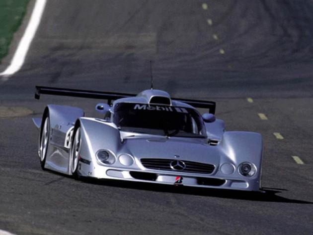 A Mercedes Benz Viu Ali Uma Excelente Oportunidade Para Se Bater De Igual  Para Igual Contra Fabricantes E Eternos Rivais Como Porsche E A Ferrari.