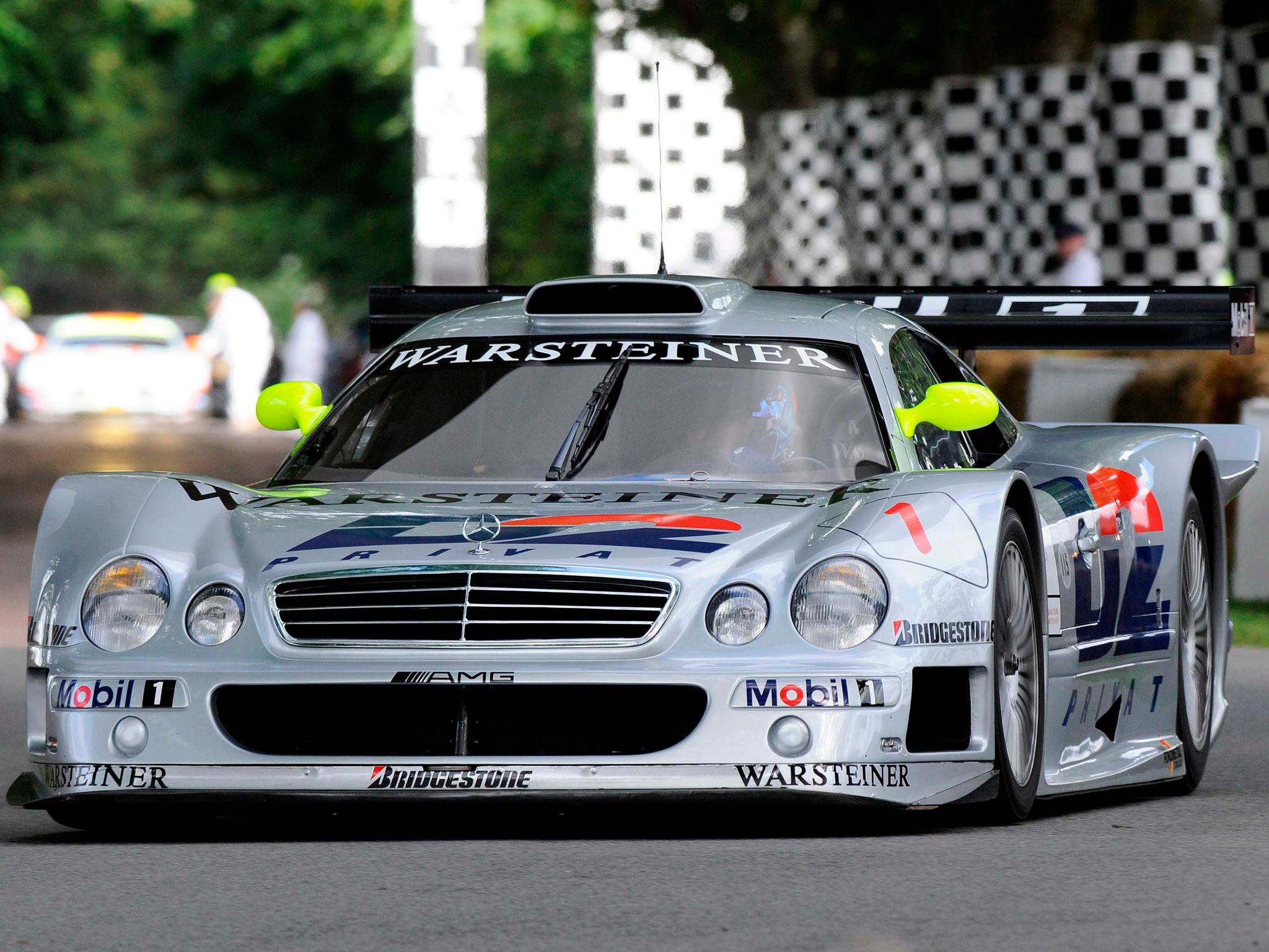 A Mercedes Benz, Seguindo O Desenho E Concepção Que A Porsche Tinha  Estabelecido Com A Homologação Do 911 GT 1, Deixou A Sua Divisão De  Competição, ...