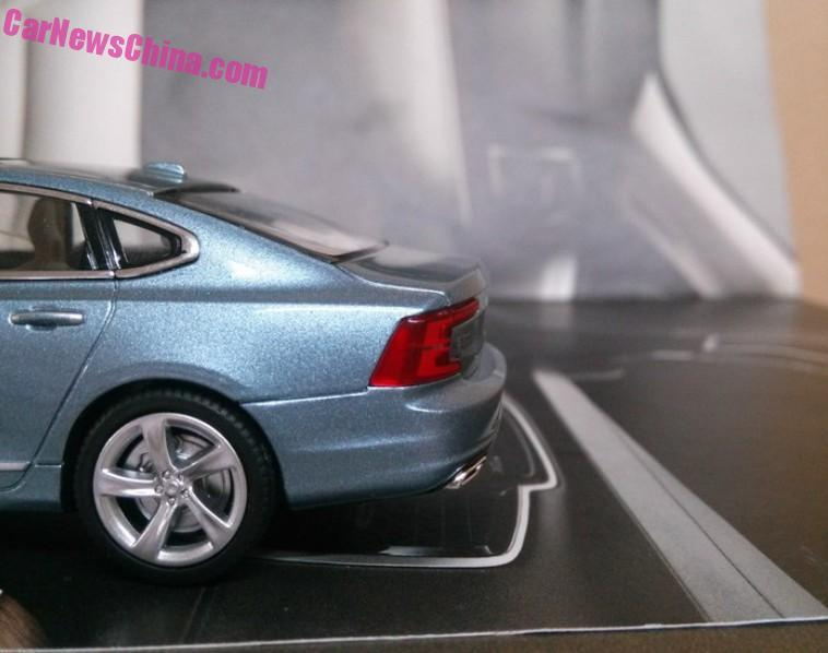 volvo-s90-continues-its-toy-reveal-with-more-images-of-scale-model-photo-gallery_8