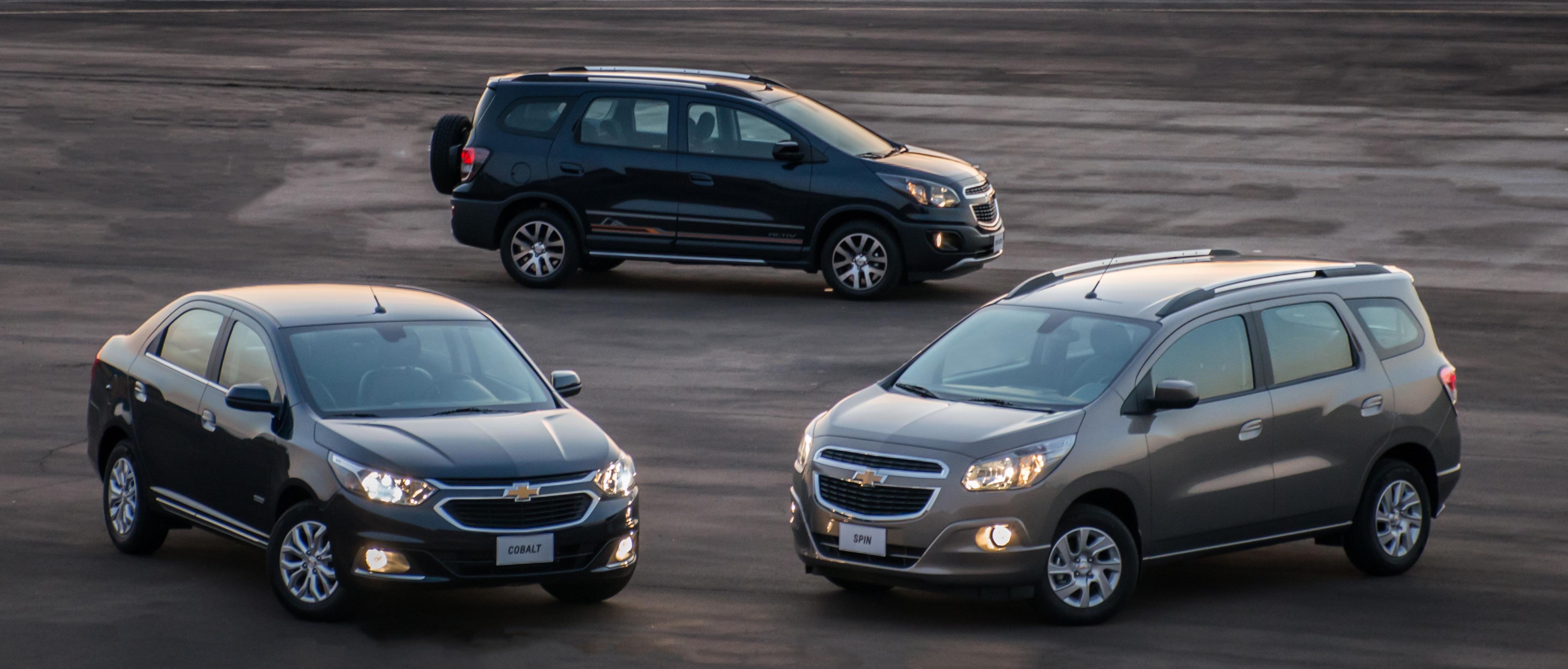 Chevrolet Cobalt e Spin 2017 agora são ECO  até 30% mais econômicos d0a20664e9