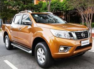 Nissan-Frontier-LE-07