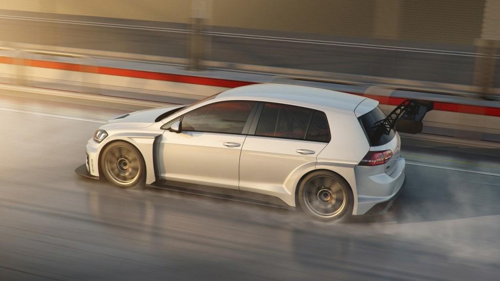 Volkswagen-Golf-GTI-TCR-1