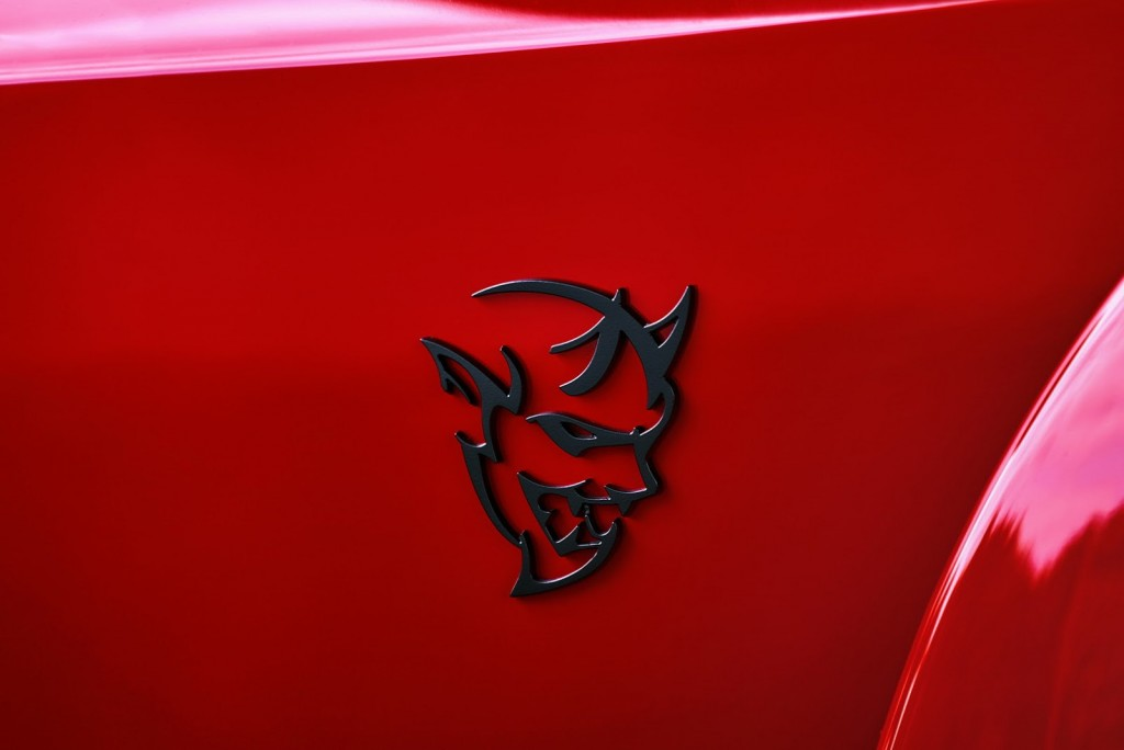 Dodge-Challenger-SRT-Demon-13