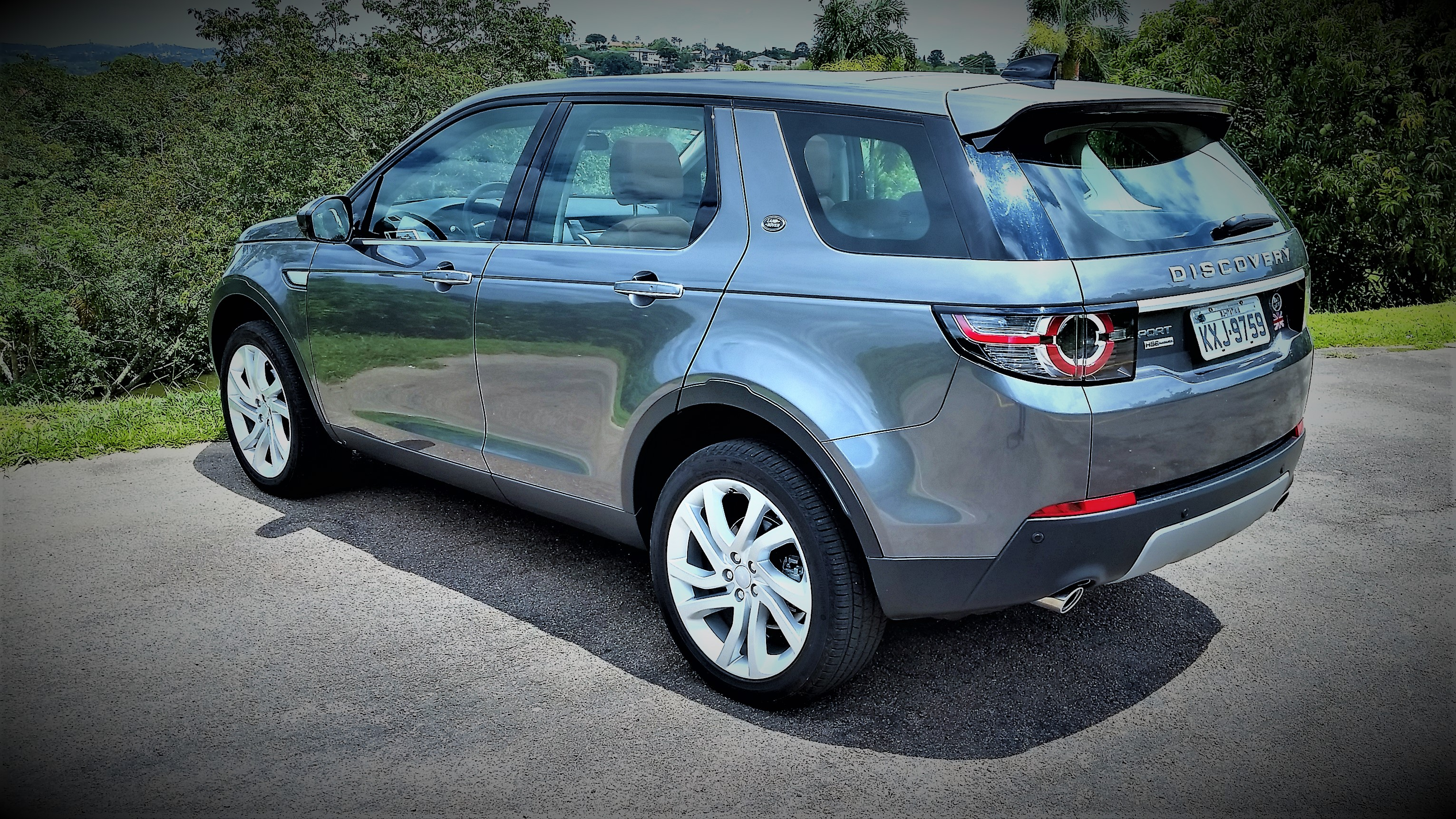 test drive land rover discovery sport hse luxury. Black Bedroom Furniture Sets. Home Design Ideas