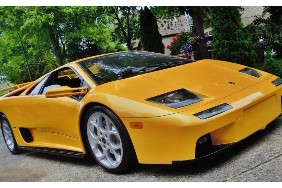 Este Lamborghini Diablo custa cerca de US$ 75 mil, mas tem
